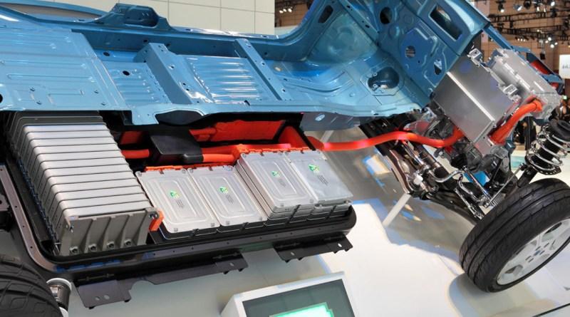 Использованные аккумуляторы EV для крупномасштабного хранения солнечной энергии