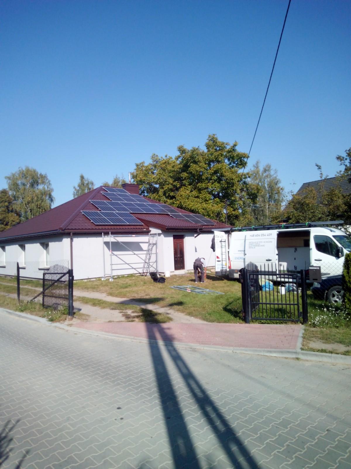 Instalacja Łapy