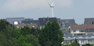 solaranlage-wohngebäude-berlin-hellersdorf