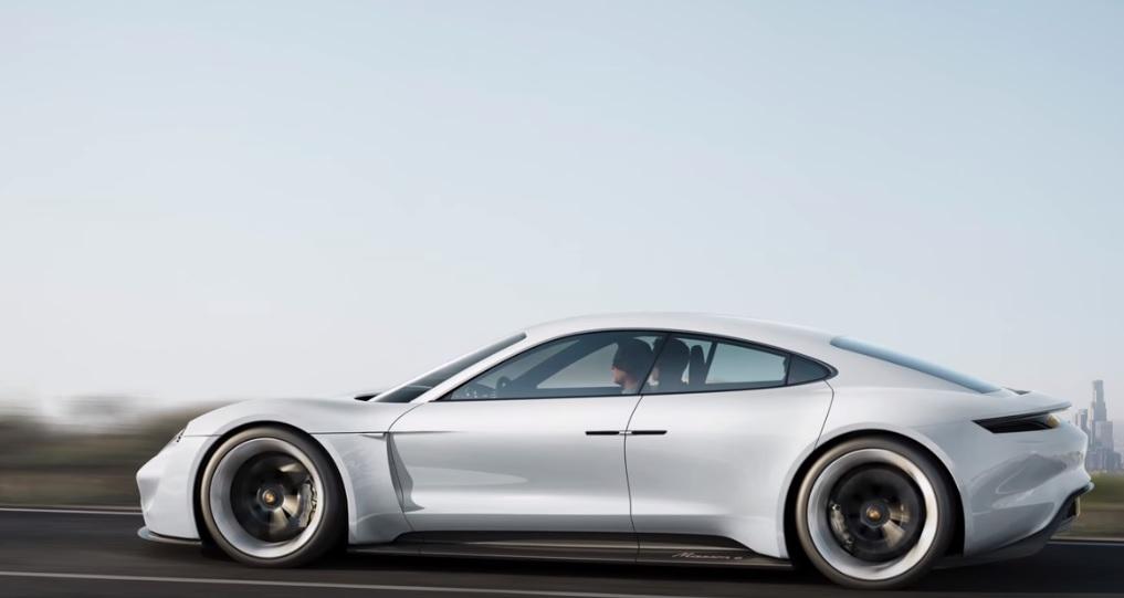 Porsche Mission E Elektroauto