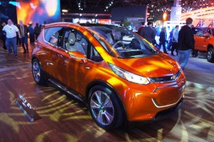 chevrolet-bolt-general-motors-tesla-massentauglichen-elektroauto
