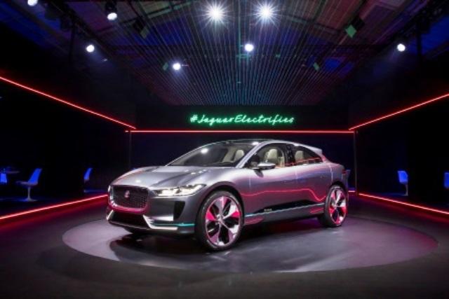 stromer-jaguar-fpace