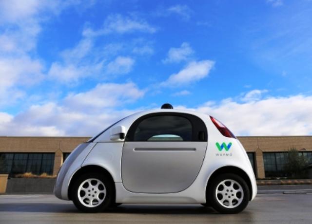 selbstfahrendes-auto-waymo