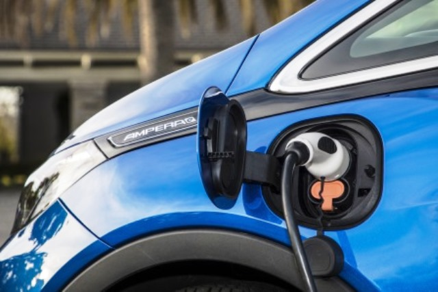 Opel-Ampera-e-test