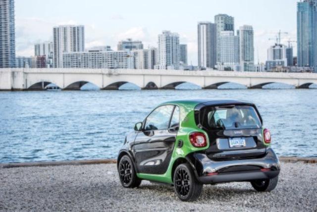 smart-elektrofahrzeug-polizei