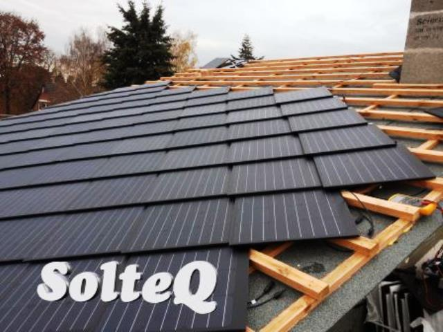 solteq solardach 55 g nstiger als tesla solardach. Black Bedroom Furniture Sets. Home Design Ideas