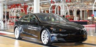 batteriezellen-tesla-elektroautos