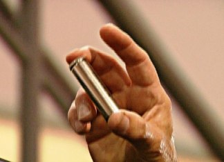tesla-batteriezelle-robotaxis