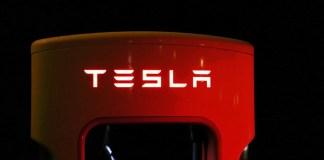roadrunner-tesla-batteriezelle