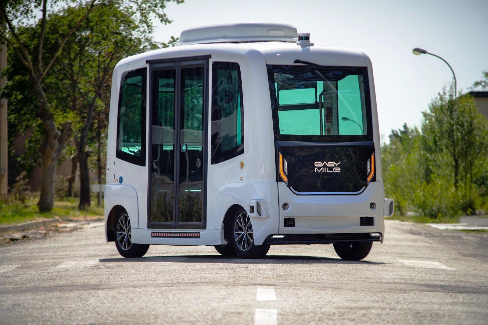 Sono-Motors-und-Easy-Mile-testen-autonomen-Solar-Elektrobus