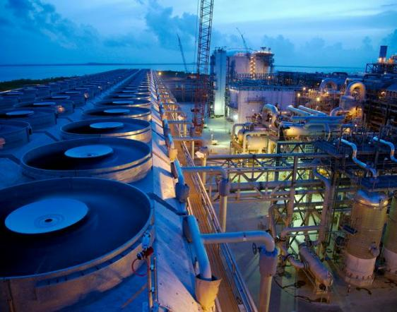 LNG Liquefaction Plant Source: Center for Liquefied Natural Gas