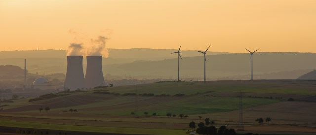 One technology in this photo receives more subsidies than the other. It's not the renewables. (Photo by Doblonaut, CC BY-NC-SA 2.0)