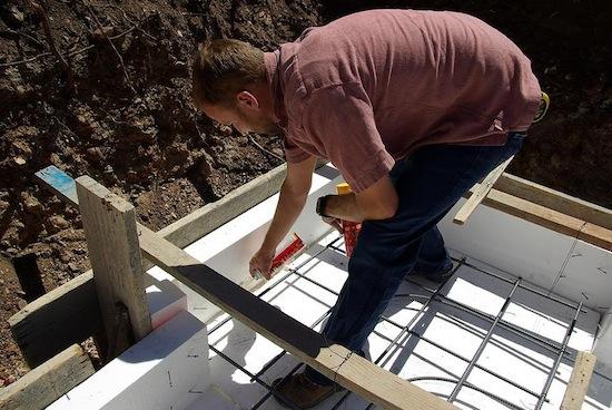 foundation footing eps foam insulation gap sealing