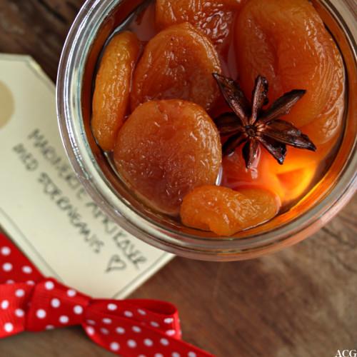 portvinsmarinerte aprikoser med stjerneanis