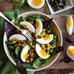 Kikertsalat dag 4: Egg og kapers