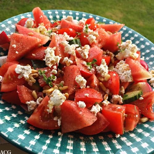 Sommersalat med vannmelon og ost