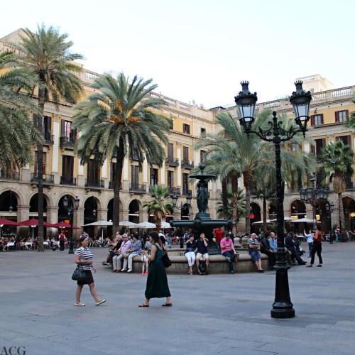 Placa Reial i Barcelona