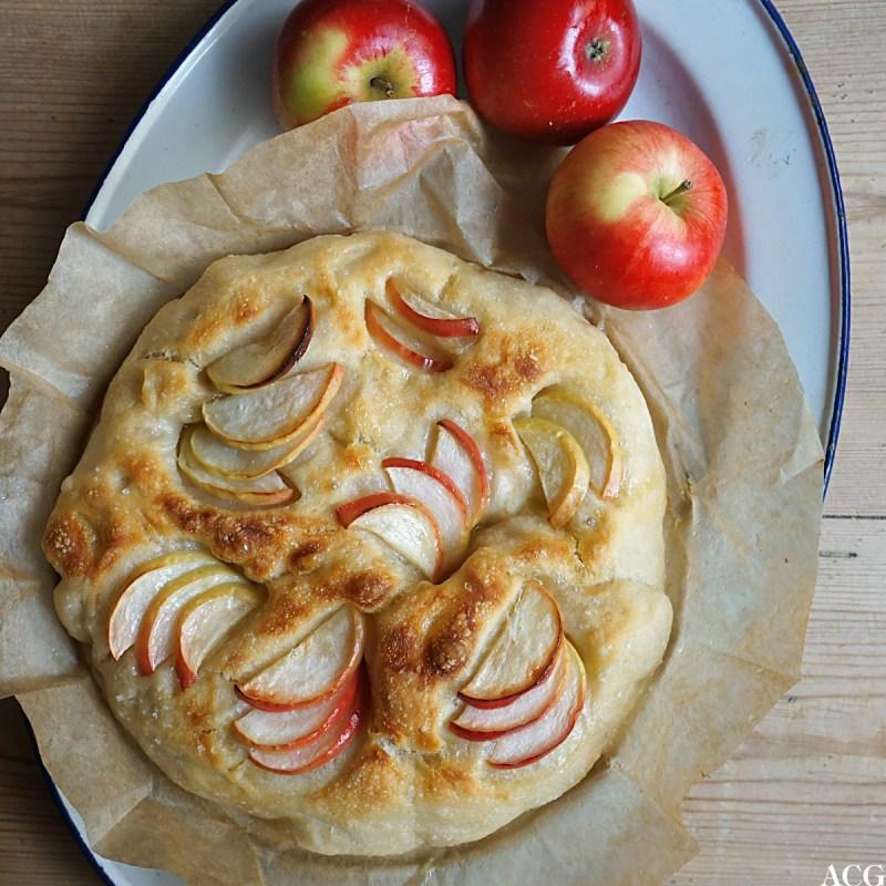 focaccia med norske epler