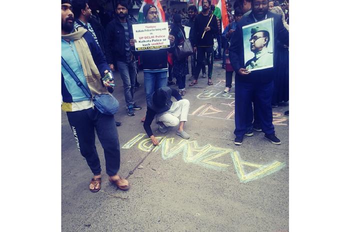 art attack No CAA painting No nrc No NPR kolkata citizenship Amit Shah Modi