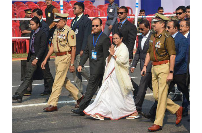 mamata banerjee bengal police caa civil society