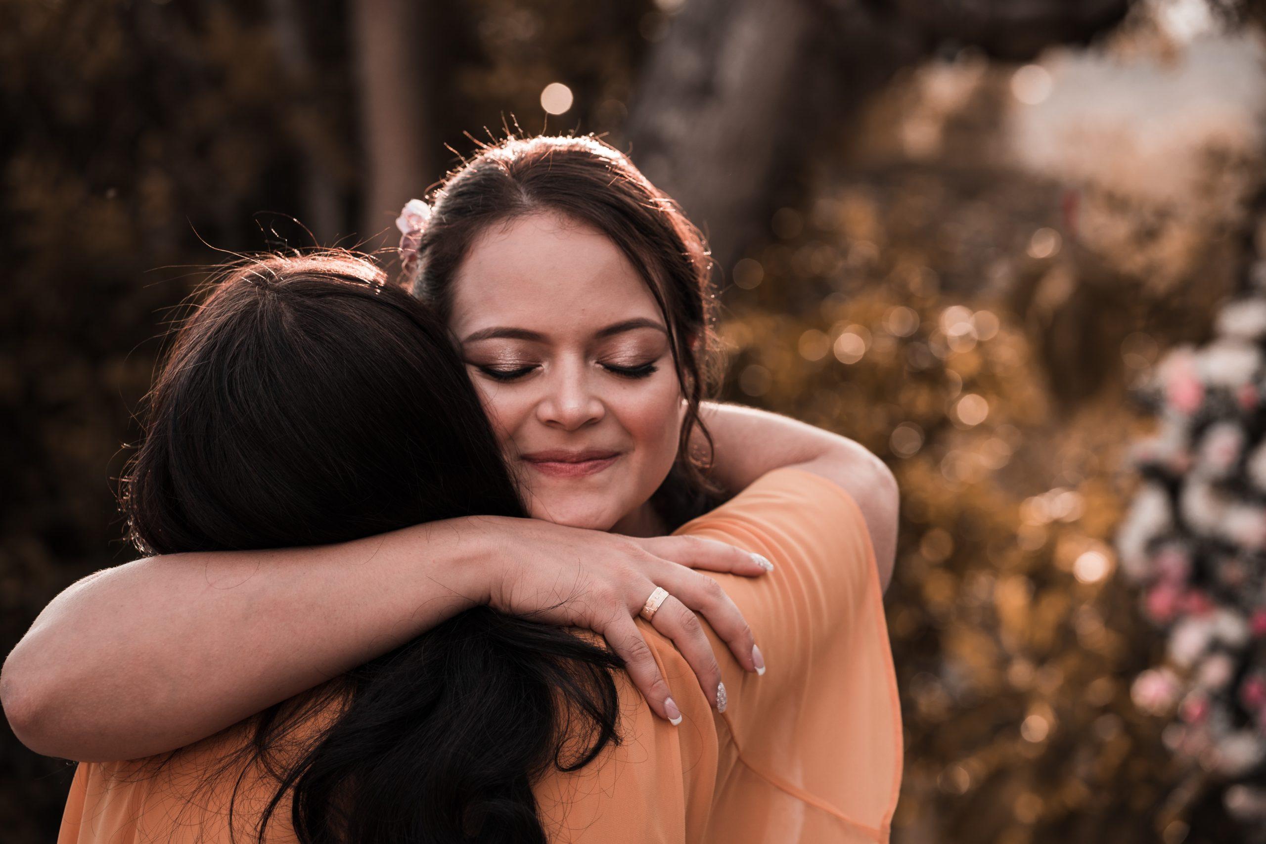 Le sens du toucher nous met en relation avec les autres alors soyons doux et faisons nos gestes en conscience.