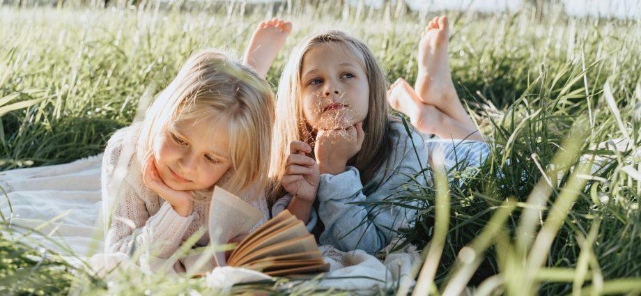 10 bonnes raisons de sortir en nature avec nos enfants