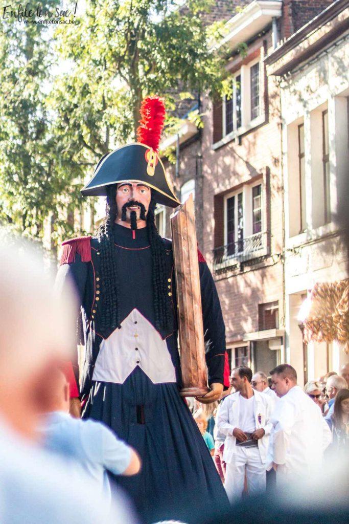ath ducasse geant 683x1024 Le mariage de Mr et Mme Goliath    Ducasse dAth ( 2015 )