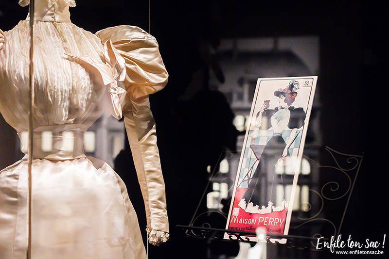 just married robe Just Married, lhistoire du mariage sexpose au musée du costume et de la dentelle de Bruxelles.