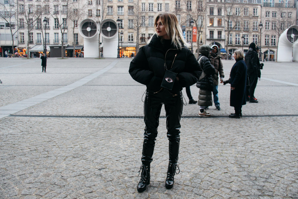 LOOK XIX: Black Chunky Boots at Place Vendome before the Vetements show - Street Style PFW 2017
