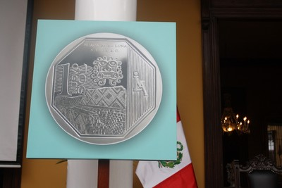 06-08-moneda