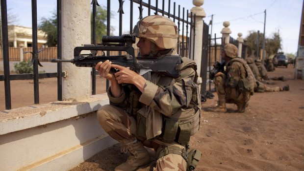 """We Want to Give Terrorism a """"Knockout"""" Blow-French Official"""