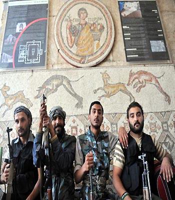 Peace envoy warns Syria clash could set region 'ablaze'