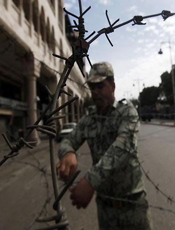 Egypt clashes erupt despite proposal to end crisis