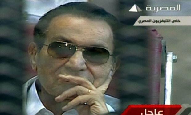 Mubarak retrial starts, adjourned until June 8