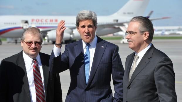 Kerry Meets Putin as Syria Crisis Worsens