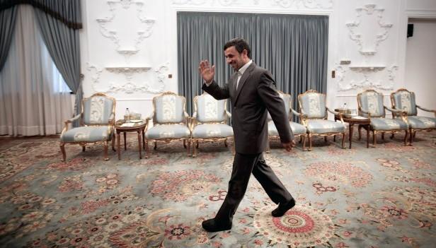 Ahmadinejad attempts to defend his legacy