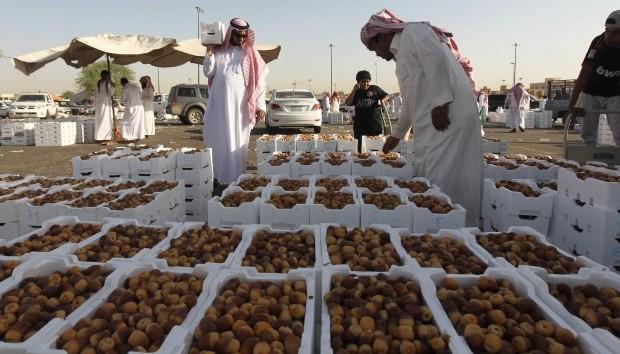Saudi food and retail sectors enjoy Ramadan dividend