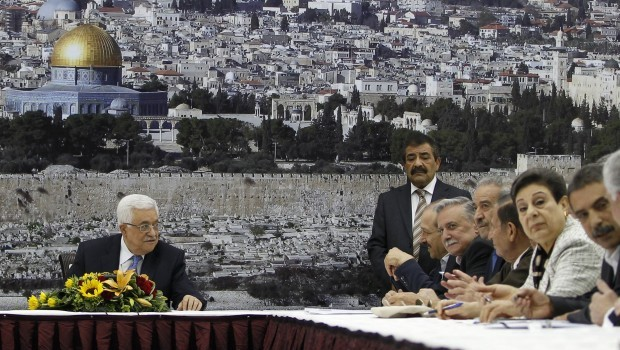 Palestinians deadlocked on Kerry peace plan