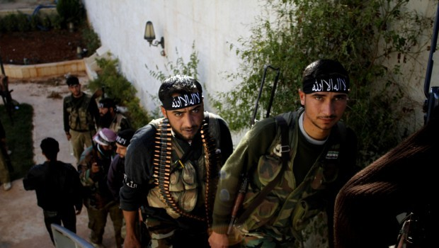 Syria: Islamists advance towards Assad bastion of Latakia