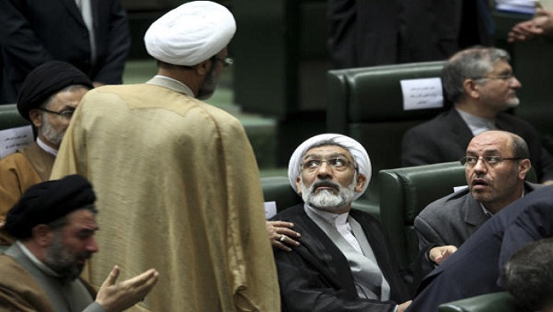 Iran: Heated debate in parliament over proposed ministers