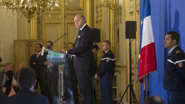 France pushes for tough UN resolution on Syria