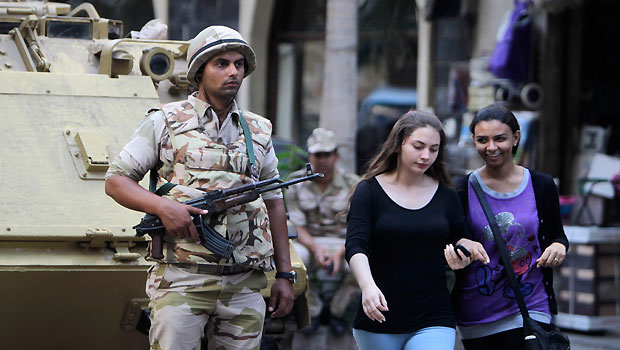 Egypt steps up efforts to restore security