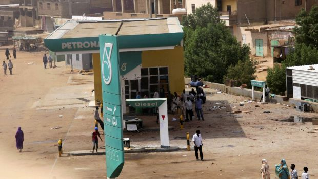Sudanese opposition calls for civil disobedience as government raises wages
