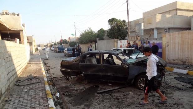 Suicide bomber attacks Iraqi Shi'ite pilgrims, killing 35