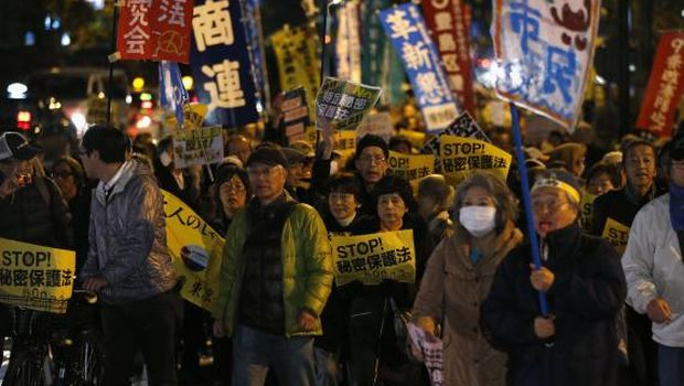 Thousands protest against tough new official secrets law in Japan