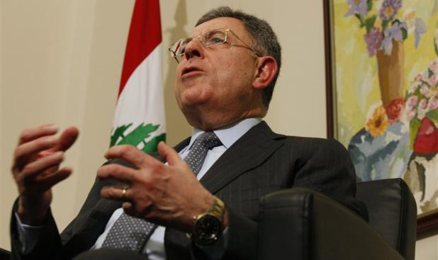 Lebanon: Fouad Siniora calls on Lebanese to persevere