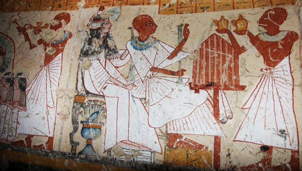 Archaeologists uncover new pharaoh in Egypt