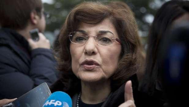 Syria negotiators resume talks, opposition seeks prisoner release