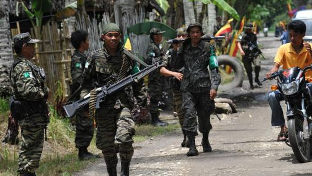 Fighting erupts in Philippines as final peace deal nears