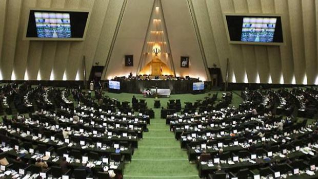 Iranian conservative warns against 'extremism'